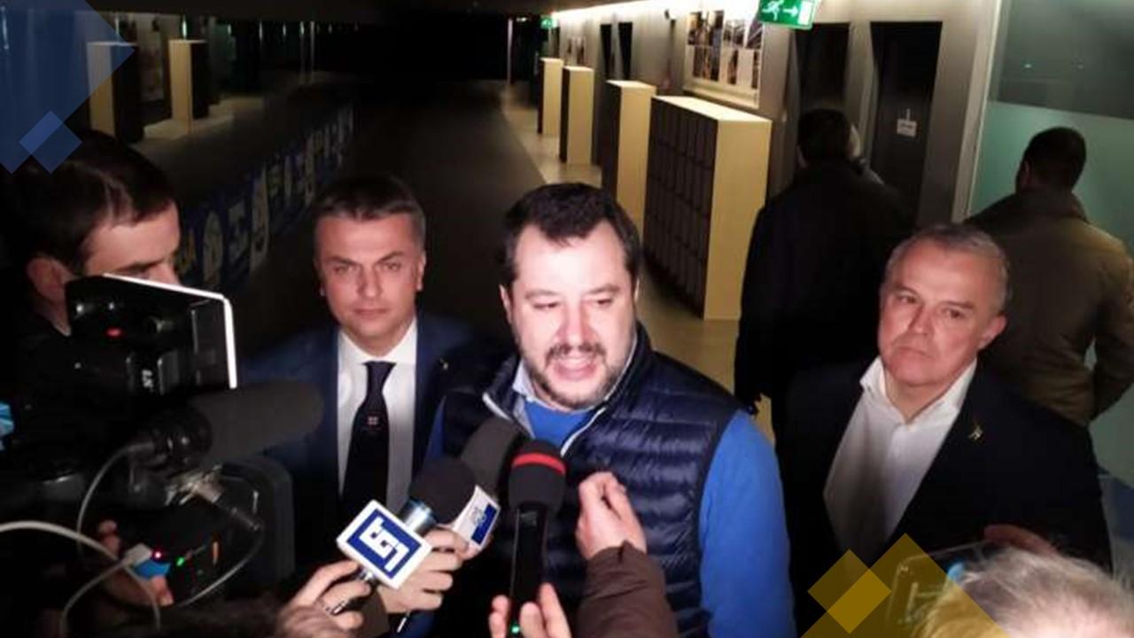 """""""Addirittura il provvedimento della Regione Liguria che ha stoppato ogni appuntamento pubblico - aggiunge Pastorino - è stato posticipato ad hoc dopo la mezzanotte per non cancellare l'evento con Salvini. Non si tratta di fare allarmismo, ma di attenersi al buonsenso, a cui pure l'ex ministro dell'Interno fa spesso appello, almeno a parole. Questo sarebbe, davvero, parlare di cose serie?"""